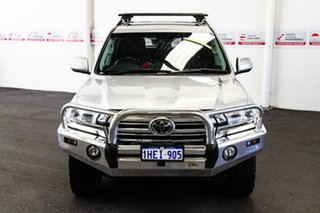 2020 Toyota Landcruiser VDJ200R Sahara Silver Pearl 6 Speed Sports Automatic Wagon.