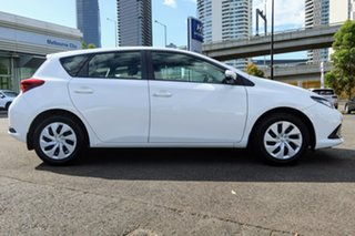 2017 Toyota Corolla ZRE182R Ascent S-CVT Super White 7 Speed Constant Variable Hatchback.