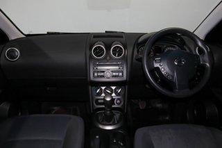 2011 Nissan Dualis J10 Series II MY2010 ST Hatch Black 6 Speed Manual Hatchback.