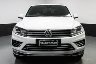 2017 Volkswagen Touareg 7P MY18 V8 TDI Tiptronic 4MOTION R-Line White 8 Speed Sports Automatic Wagon.