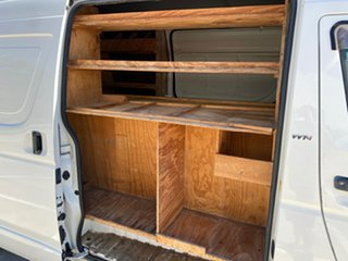 2005 Toyota HiAce TRH221R SLWB White 5 Speed Manual Van