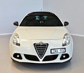2013 Alfa Romeo Giulietta Series 0 MY12 Distinctive TCT White 6 Speed Sports Automatic Dual Clutch.