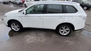 2014 Mitsubishi Outlander ZJ MY14.5 ES 4WD White 6 Speed Constant Variable Wagon