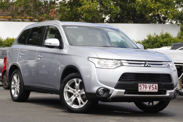 Used Mitsubishi Outlander ZJ MY14.5 LS 2WD Mount Gravatt, 2014 Mitsubishi Outlander ZJ MY14.5 LS 2WD Silver 6 Speed Constant Variable Wagon