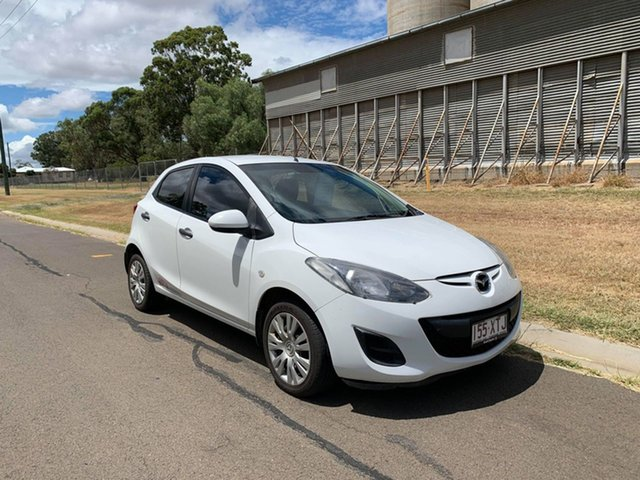 Pre-Owned Mazda 2 DE MY10 Neo Oakey, 2010 Mazda 2 DE MY10 Neo White 5 Speed Manual Hatchback