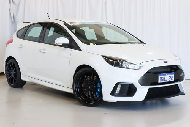 Used Ford Focus LZ RS AWD Wangara, 2017 Ford Focus LZ RS AWD White 6 Speed Manual Hatchback