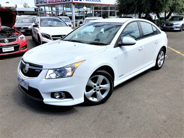 Used Holden Cruze JH Series II MY12 SRi Seaford, 2012 Holden Cruze JH Series II MY12 SRi White 6 Speed Manual Sedan