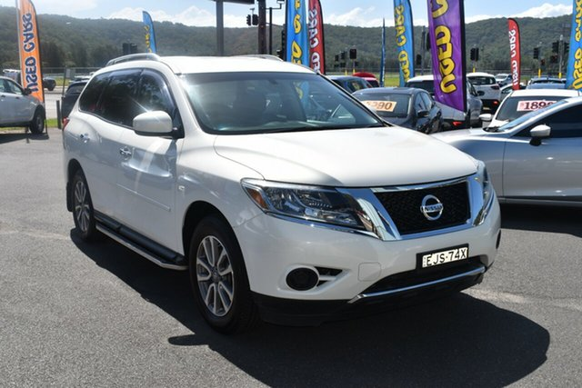 Used Nissan Pathfinder R52 MY15 ST X-tronic 2WD Gosford, 2015 Nissan Pathfinder R52 MY15 ST X-tronic 2WD White 1 Speed Constant Variable Wagon