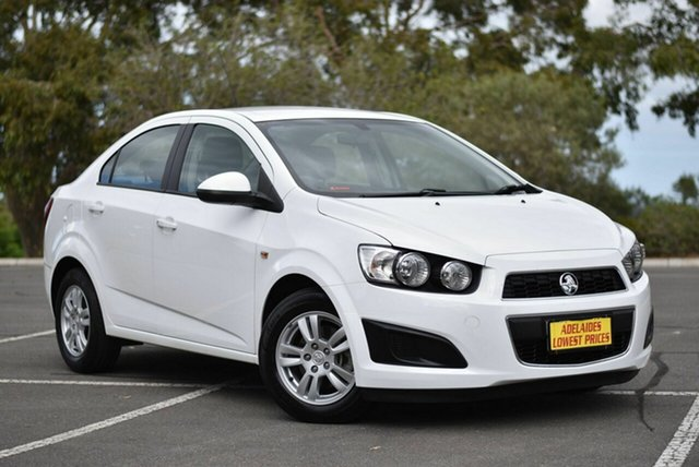 Used Holden Barina TM MY14 CD Enfield, 2014 Holden Barina TM MY14 CD White 6 Speed Automatic Sedan