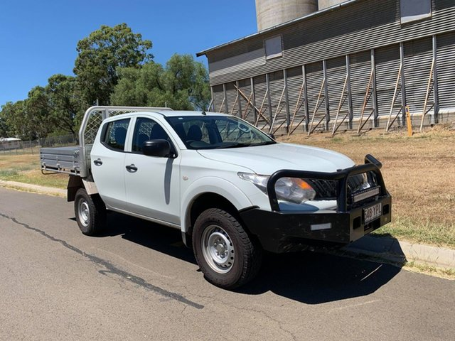 Pre-Owned Mitsubishi Triton MQ MY18 GLX Double Cab Oakey, 2018 Mitsubishi Triton MQ MY18 GLX Double Cab White 6 Speed Manual Cab Chassis