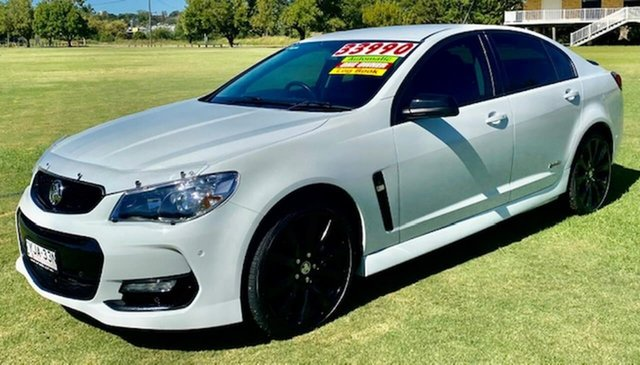 Used Holden Commodore VF II MY16 SV6 Black Tamworth, 2016 Holden Commodore VF II MY16 SV6 Black White 6 Speed Sports Automatic Sedan