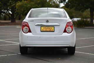 2014 Holden Barina TM MY14 CD White 6 Speed Automatic Sedan