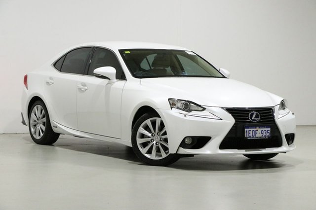 Used Lexus IS300H AVE30R Luxury Hybrid Bentley, 2014 Lexus IS300H AVE30R Luxury Hybrid White Continuous Variable Sedan