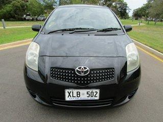 2006 Toyota Yaris YR Black Automatic Hatchback.