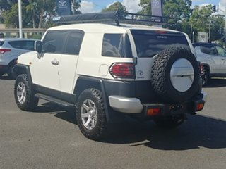 2013 Toyota FJ Cruiser GSJ15R French Vanilla 5 Speed Automatic Wagon