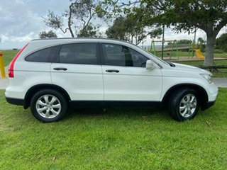 2010 Honda CR-V RE MY2010 Limited Edition 4WD White 6 Speed Manual Wagon.