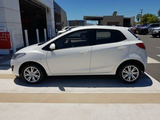 2013 Mazda 2 DE10Y2 MY13 Neo White 5 Speed Manual Hatchback