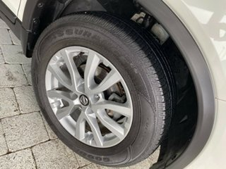 2017 Nissan X-Trail ST Ivory Pearl Constant Variable Wagon