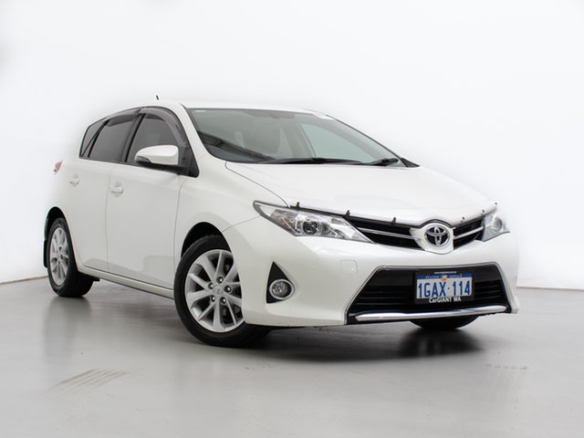 Used Toyota Corolla ZRE182R Ascent Sport, 2013 Toyota Corolla ZRE182R Ascent Sport White 7 Speed CVT Auto Sequential Hatchback