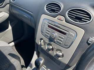 2009 Ford Focus LT LX White 4 Speed Sports Automatic Sedan