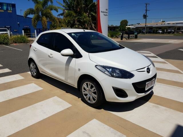 Pre-Owned Mazda 2 DE10Y2 MY13 Neo Gladstone, 2013 Mazda 2 DE10Y2 MY13 Neo White 5 Speed Manual Hatchback