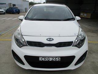 2014 Kia Rio UB MY14 S White 6 Speed Manual Hatchback.