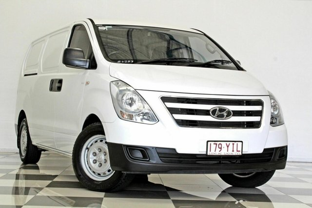Used Hyundai iLOAD TQ Series II (TQ3) MY1 3S Liftback Burleigh Heads, 2017 Hyundai iLOAD TQ Series II (TQ3) MY1 3S Liftback White 5 Speed Automatic Van