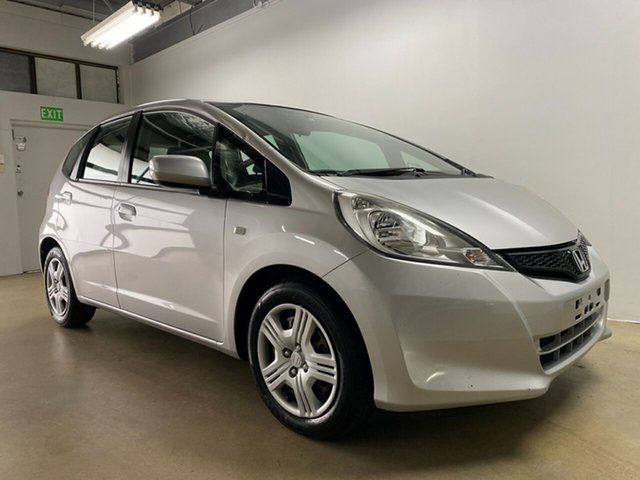Used Honda Jazz GE VTi Phillip, 2011 Honda Jazz GE VTi Silver 5 Speed Manual Hatchback