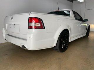 2016 Holden Ute Vfii MY16 SS Black Edition White 6 Speed Manual Utility.