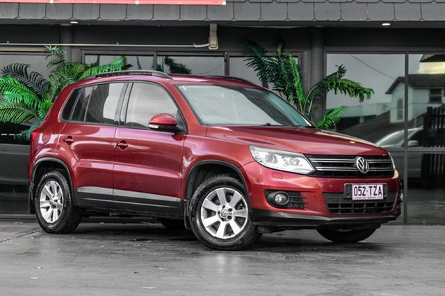 Used Volkswagen Tiguan 5N MY14 103TDI DSG 4MOTION Pacific Bowen Hills, 2014 Volkswagen Tiguan 5N MY14 103TDI DSG 4MOTION Pacific Red 7 Speed Sports Automatic Dual Clutch