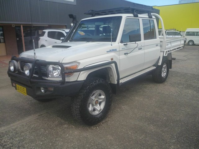 Used Toyota Landcruiser VDJ79R GXL Double Cab Morayfield, 2014 Toyota Landcruiser VDJ79R GXL Double Cab White 5 Speed Manual Cab Chassis