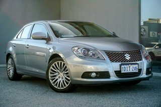 2010 Suzuki Kizashi FR XLS Silver 6 Speed Manual Sedan.