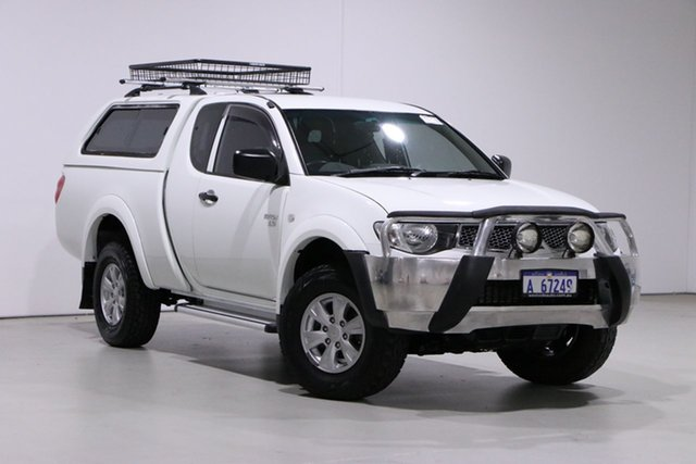 Used Mitsubishi Triton MN MY13 GL-R (4x4) Bentley, 2013 Mitsubishi Triton MN MY13 GL-R (4x4) White 5 Speed Manual Double Cab Utility