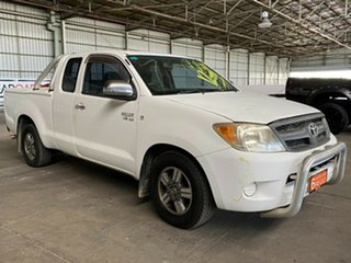 2006 Toyota Hilux GGN15R MY07 SR 4x2 White 5 Speed Automatic Utility.