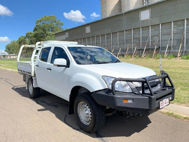 Pre-Owned Isuzu D-MAX MY15 SX Crew Cab Oakey, 2015 Isuzu D-MAX MY15 SX Crew Cab White 5 Speed Manual Utility