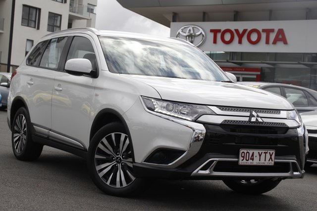 Pre-Owned Mitsubishi Outlander ZL MY19 ES 2WD Upper Mount Gravatt, 2018 Mitsubishi Outlander ZL MY19 ES 2WD White 6 Speed Constant Variable Wagon