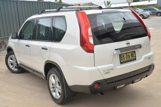 2013 Nissan X-Trail T31 Series V ST White 6 Speed Manual Wagon.