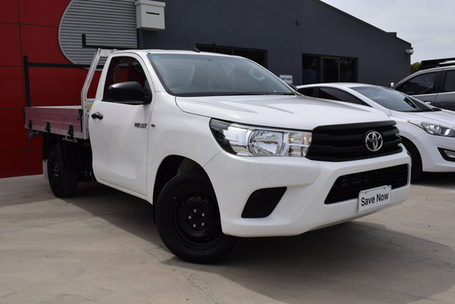 Used Toyota Hilux TGN121R Workmate 4x2 Echuca, 2018 Toyota Hilux TGN121R Workmate 4x2 White 5 Speed Manual Cab Chassis