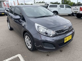 2013 Kia Rio UB MY14 S Grey 6 Speed Manual Hatchback.