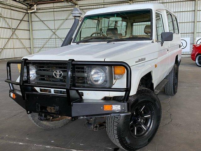 Used Toyota Landcruiser HZJ75RV Troopcarrier Rocklea, 1997 Toyota Landcruiser HZJ75RV Troopcarrier White 5 Speed Manual Hardtop