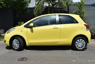 2009 Toyota Yaris NCP90R MY09 YR Yellow 5 Speed Manual Hatchback.