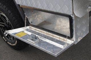 2011 Toyota Hilux KUN26R MY12 SR Xtra Cab White 5 Speed Manual Utility