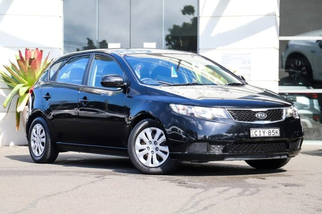 Used Kia Cerato TD MY12 SI Sutherland, 2012 Kia Cerato TD MY12 SI Black 6 Speed Manual Hatchback