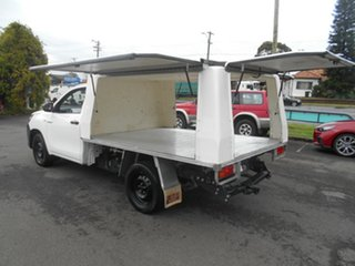 2015 Toyota Hilux TGN121R Workmate White 6 Speed Automatic Cab Chassis