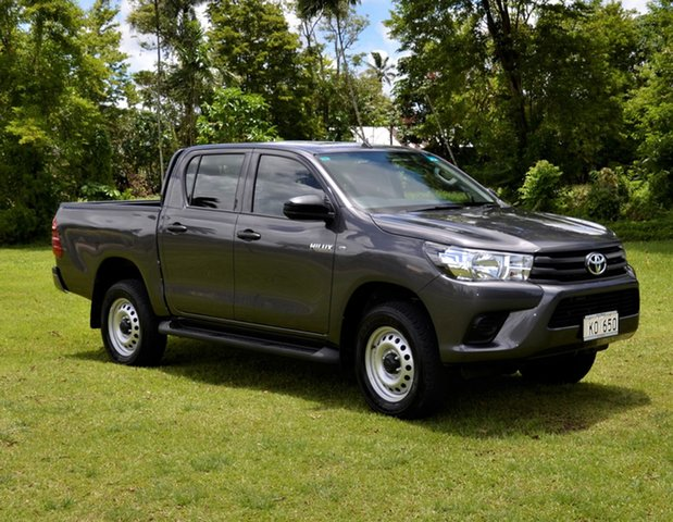 Demo Toyota Hilux Standard , Toyota Hilux Standard Grey Metallic Manual