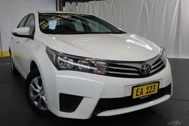 Used Toyota Corolla ZRE172R Ascent Castle Hill, 2016 Toyota Corolla ZRE172R Ascent White 7 Speed CVT Auto Sequential Sedan