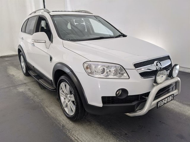 Used Holden Captiva CG MY10 LX AWD Maryville, 2010 Holden Captiva CG MY10 LX AWD White 5 Speed Sports Automatic Wagon