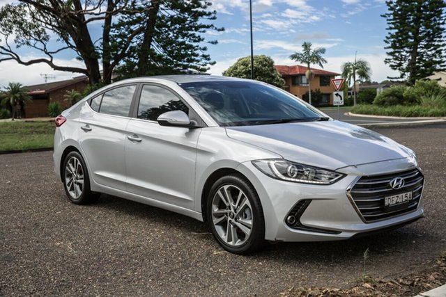 Used Hyundai Elantra AD MY17 Elite Port Macquarie, 2016 Hyundai Elantra AD MY17 Elite Platinum Silver 6 Speed Sports Automatic Sedan