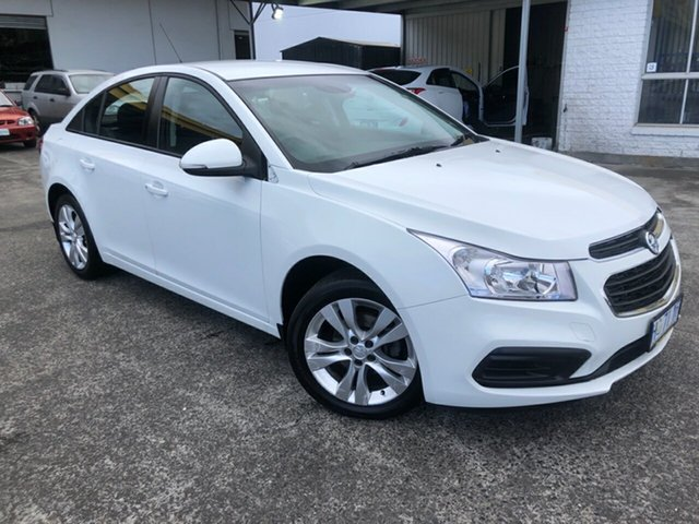 Used Holden Cruze JH Series II MY15 Equipe Derwent Park, 2015 Holden Cruze JH Series II MY15 Equipe Heron White 6 Speed Sports Automatic Sedan