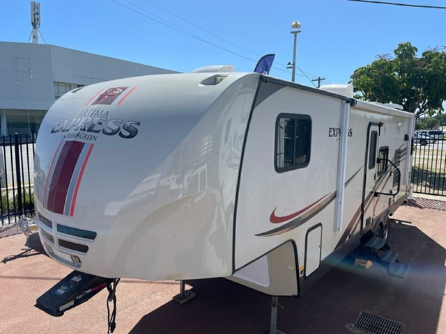 Used Ultima Express St James, 2013 Ultima Express 5th Wheeler